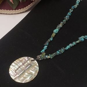 Gorgeous Abalone & Turquoise Stone Chip Necklace